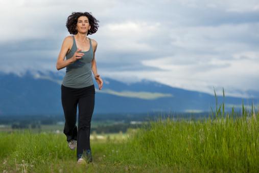 mujer-corriendo-joven