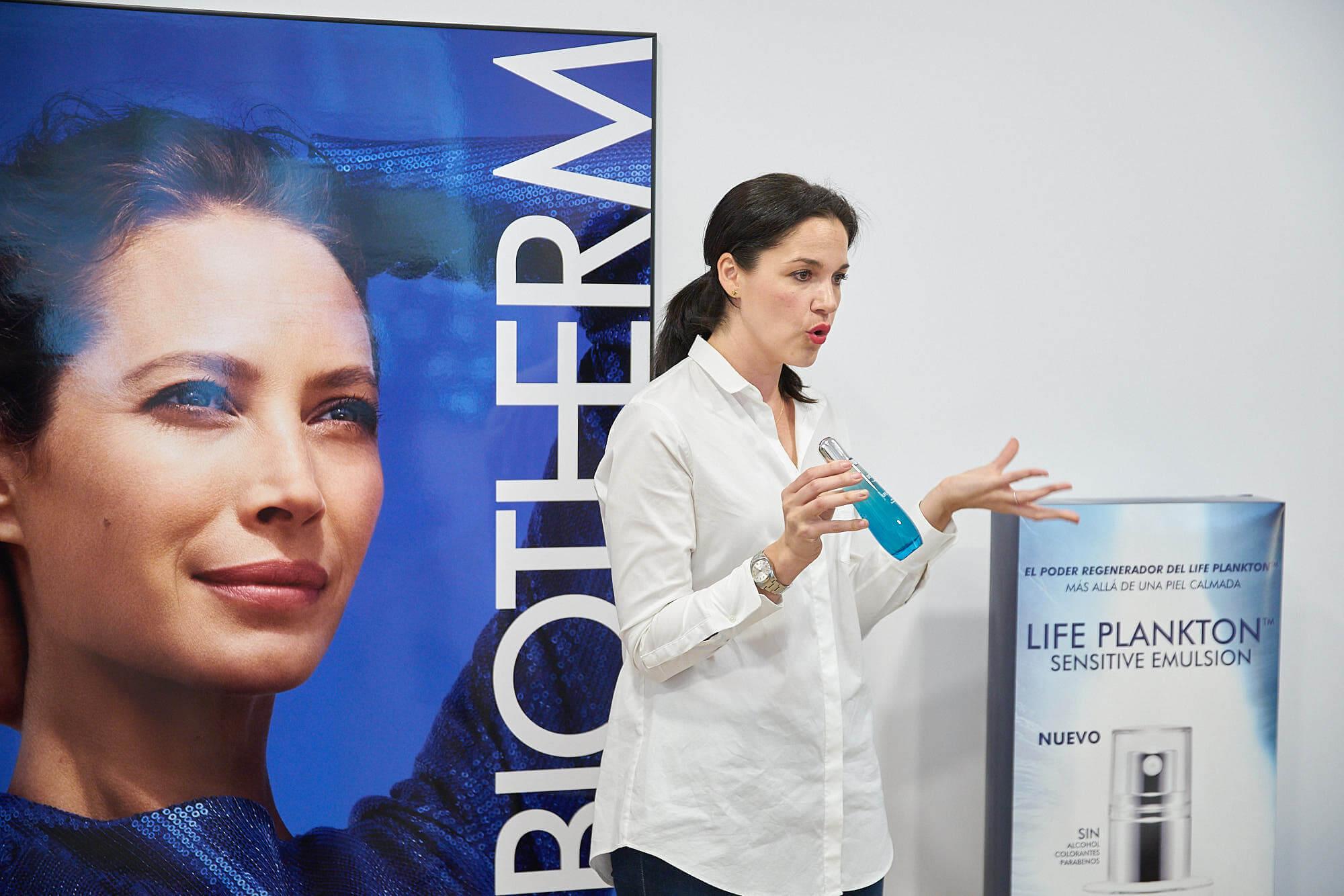 Vanesa nos presenta Life Plankton™ Essence, sérum y agua a la vez
