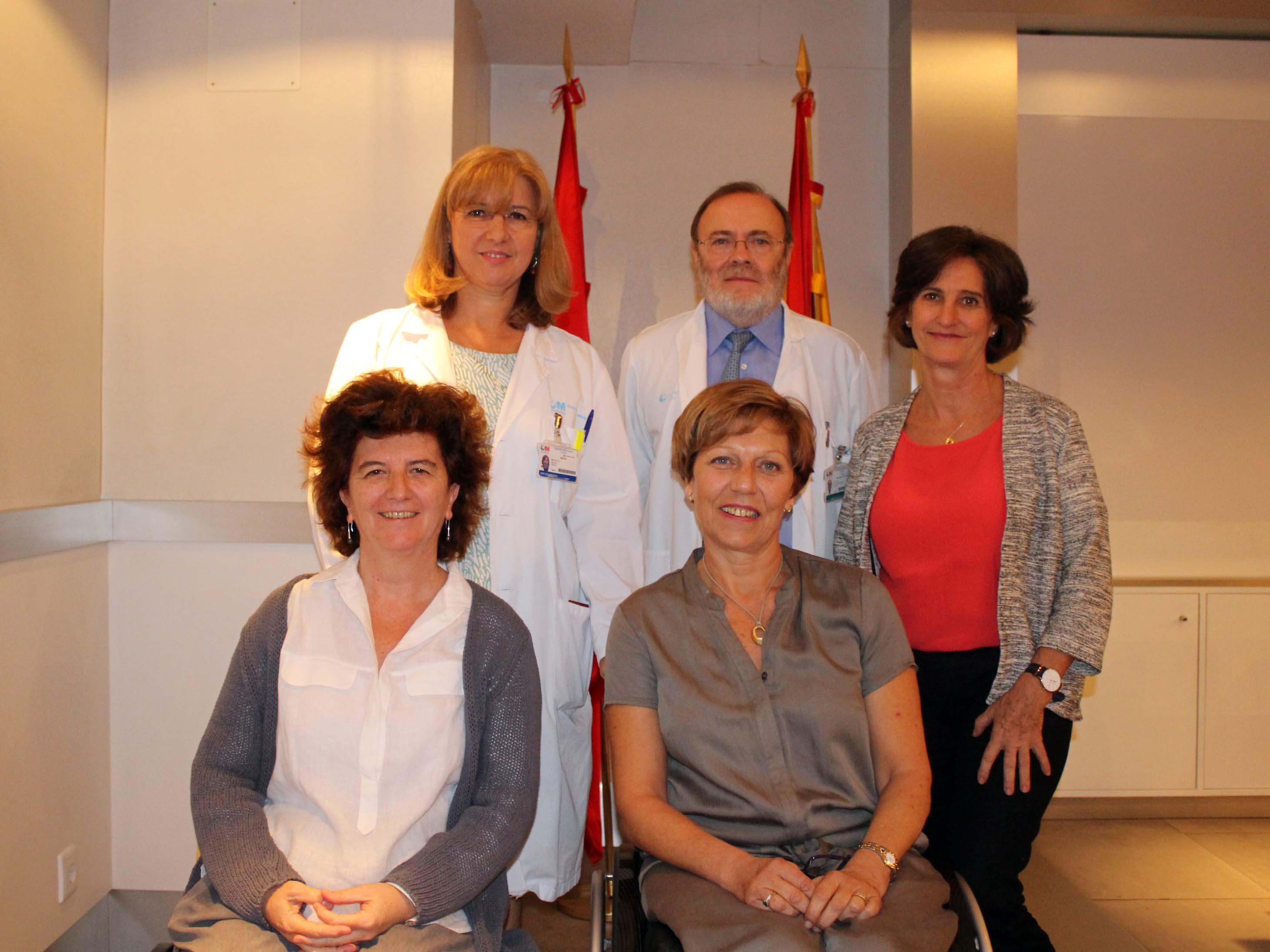 De pie: Maria Fe Bravo, Rafael Pérez-Santamarina y Blanca Amador Sentadas: Beatriz Rodriguez Vega y Carmen Bayón