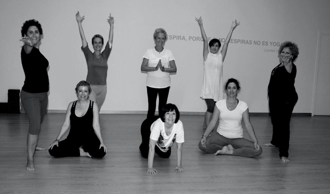 La hora blanca, yoga para pacientes de cáncer