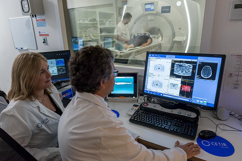PET/RM: cómo detectar metástasis en cáncer de próstata  Cetir-Ascires_(1)